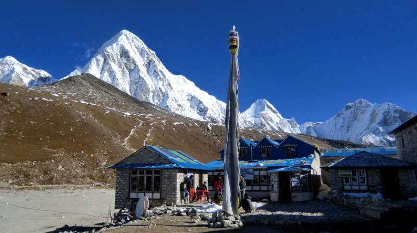 Last teahouse on the way to Everest Base Camp (at Gorakshep)