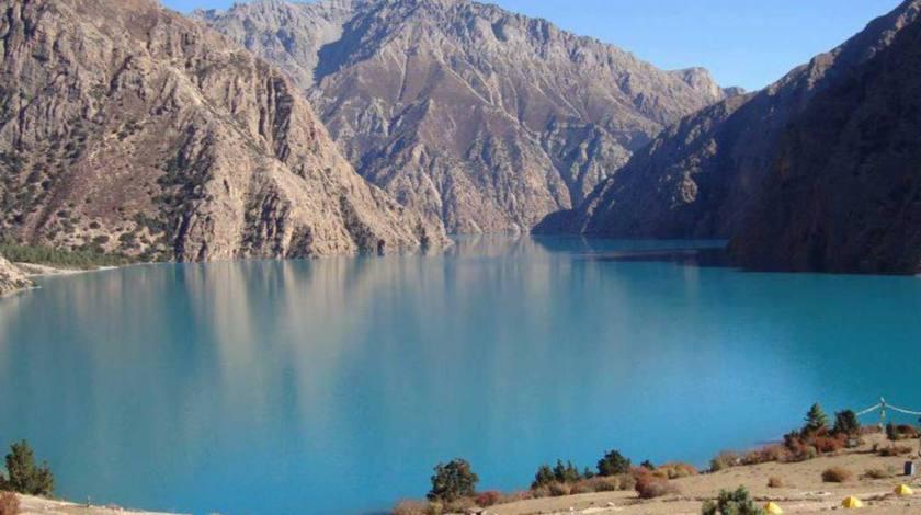 Turquoise Shey Phoksundo Lake at 3620m