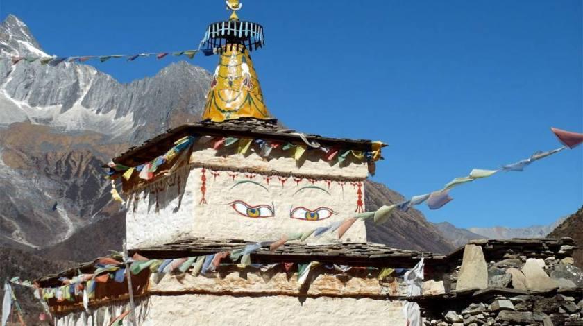 Wisdom Eyes on the trails of Manaslu
