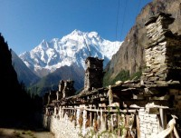 Annapurna II on the trails to Manang Valley