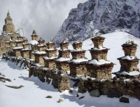 Buddhist Chortens on trails of Nar Phu Valley