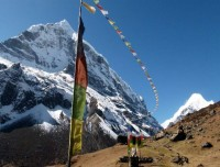 On the Way to Makalu Base Camp
