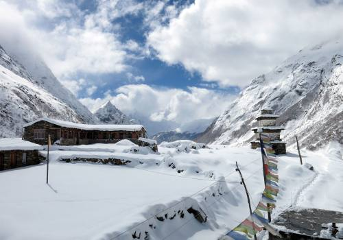 Snowy Trails on Manaslu Trekking
